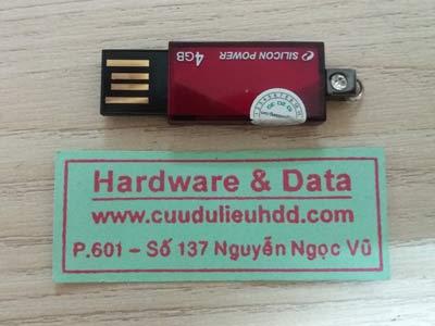 1 12 USB 4GB mất dữ liệu