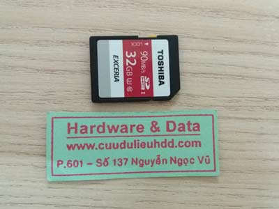 30/12 the toshiba 32gb đòi format