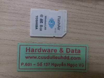 1-2 the nho 8GB mất dữ liệu