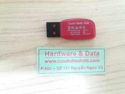 7672 usb 32GB mất dữ liệu