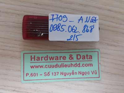7709 USB Kingtons 8GB đòi format