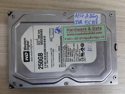 7757 Western 250GB hỏng đầu từ