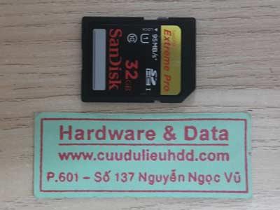 17-7 the 32GB mất dữ liệu