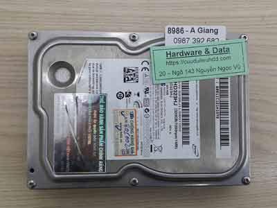 8986 Samsung 320GB