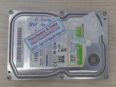 cứu dữ liệu ổ cứng Samsung 160GB chết cơ