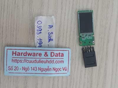 khôi phục dữ liệu USB gãy chân