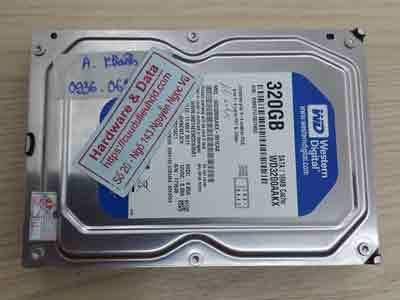 lấy dữ liệu ổ cứng Western 320GB chết cơ