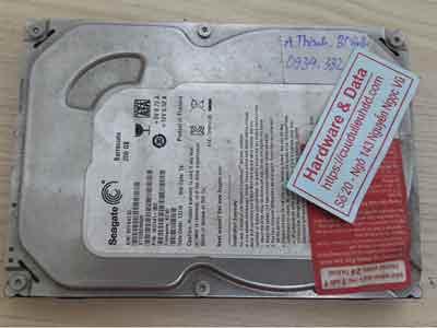 cứu dữ liệu ổ cứng Seagate 250GB chết cơ